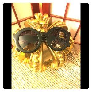 Round Oversized Black frame Sunglasses -NWT